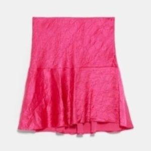 Zara Wrinkled Satin-effect Fuchsia pink skirt